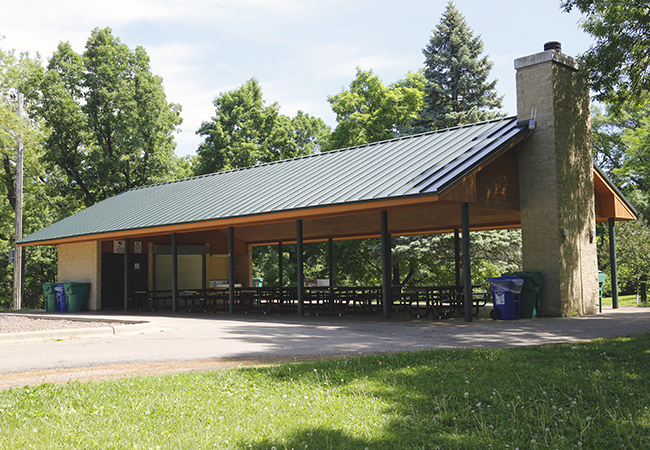 oak-hill-park-main-picnic-shelter