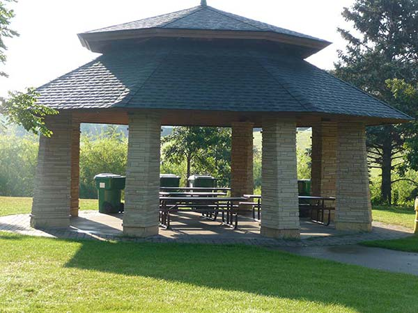 wolf park picnic shelter