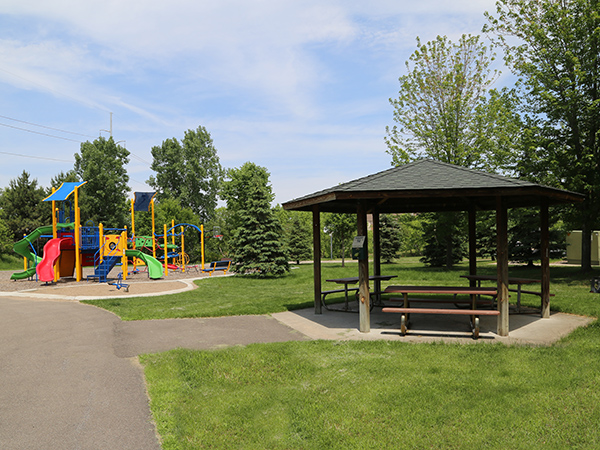 blackstone-park-playground2