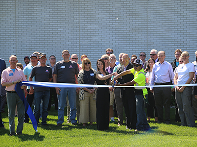 ips solar ribbon-cutting